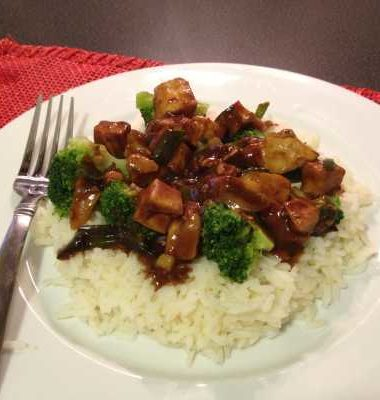 Meals on a Budget: Kung Pao Chicken with Broccoli
