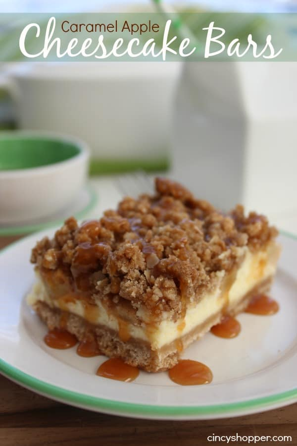 Caramel Apple Cheesecake Bars Super delish fall apple dessert.