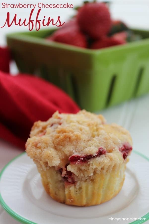 Strawberry-Cheesecake-Muffins