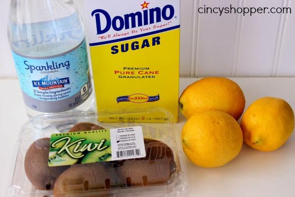 CopyCat Applebees Lemonade Recipe with Kiwi