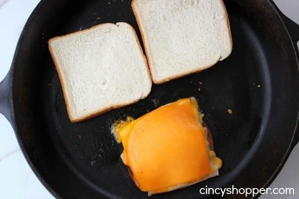 Copycat Applebee's Clubhouse Grille Sandwich Recipe 4