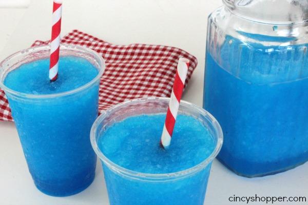 Raspberry Lemonade Slurpee Recipe. So simple and an inexpensive cold summer treat.