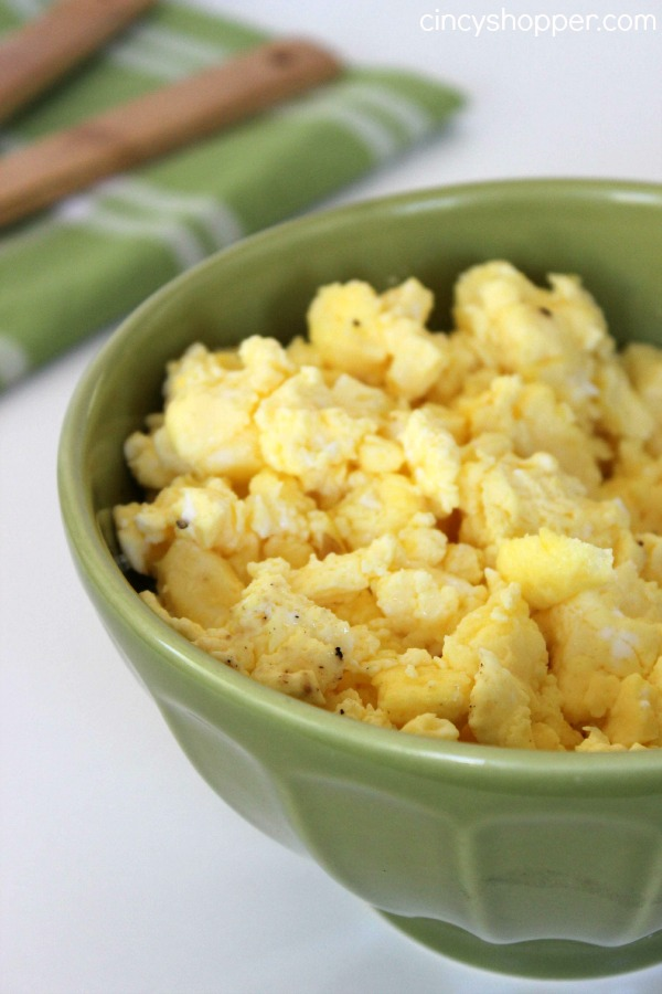 Oven Scrambled Eggs Recipe- Making your eggs in the oven is great for feeding a crowd or large family (like mine). Super simple for quick breakfasts!