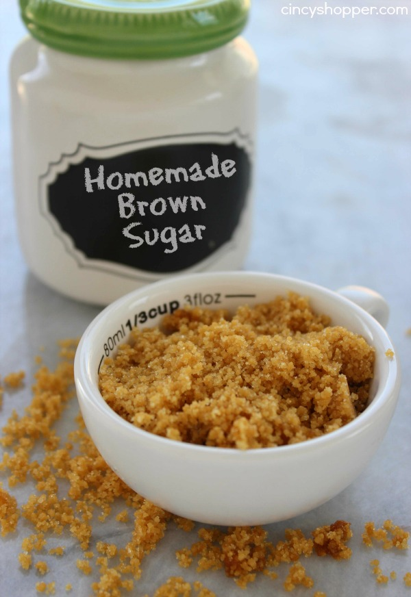 Homemade Brown Sugar- Just 2 ingredients are needed . So Simple. Pin now and save for later.