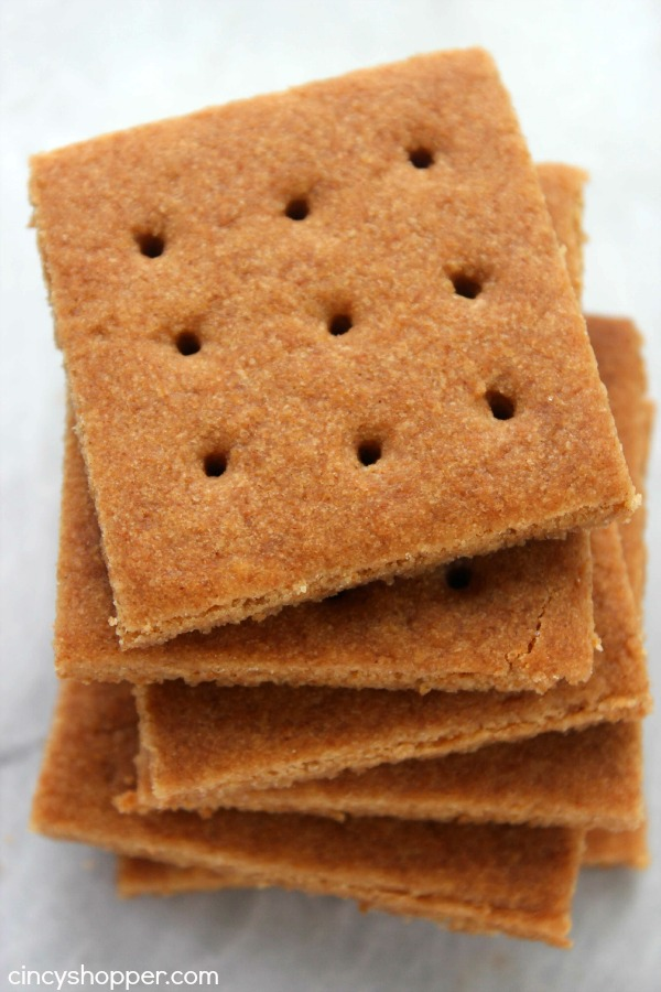 Homemade graham crackers are so simple and require very little effort ...