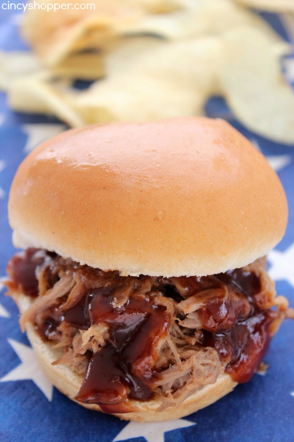 Slow Cooker Coke Pulled Pork Sliders - Easy Crock-Pot Meal with just a few ingredients. Great for summer bbqs.