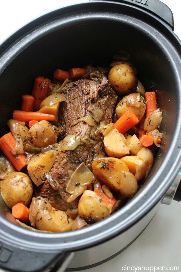 Easy beef pot roast in slow cooker