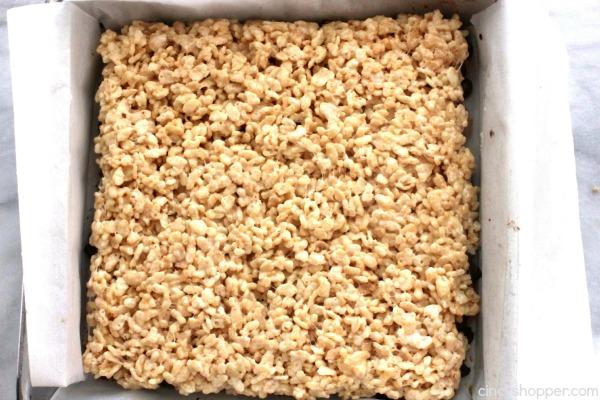 Mores Krispie Treats -Perfect treat. Graham cracker crust, then ...
