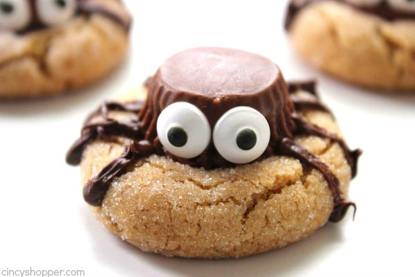 halloween spider cookies perfect party treat we start with a simple peanut butter blossom