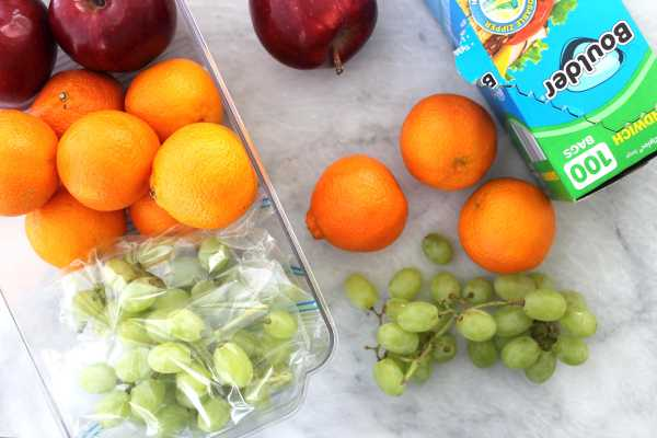 ALDI Shopping & Prepping for Back to School Lunches. See how our family shops and preps our school lunches weekly. #ad