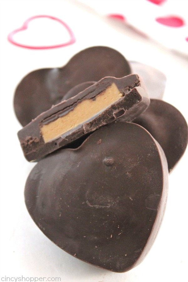 Chocolate Peanut Butter Hearts - just like a Reese's Cup in a fun heart shape for Valentine's Day. Super simple to make. Perfect treat or even a gift