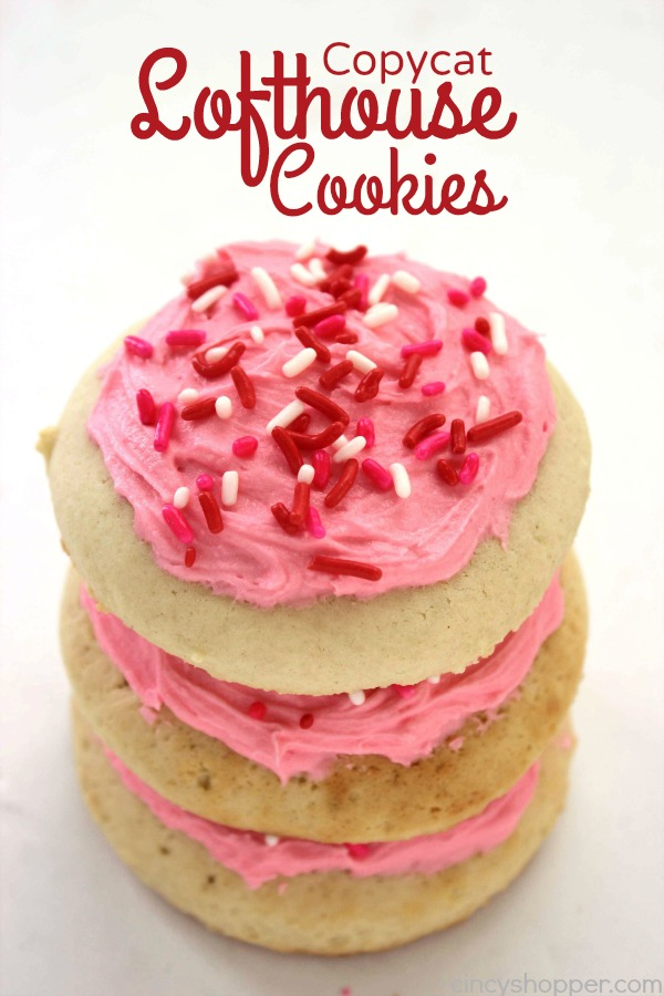 Copycat Lofthouse Cookies - simply soft cake like sugar cookie topped with buttercream frosting is sure to melt in your mouth. Save $'s and make homemade.