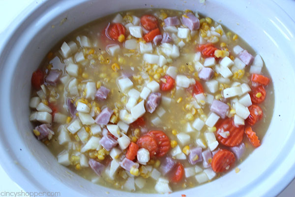 slow-cooker-corn-chowder-11