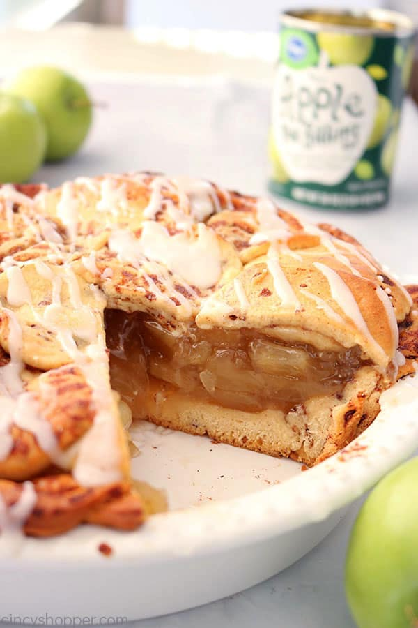 2 Ingredient Cinnamon Roll Apple Pie - so easy to make. We use store bought cinnamon rolls and canned apple pie filling to keep it so simple. #ApplePIe #ThanksgivingPie #2Ingredient
