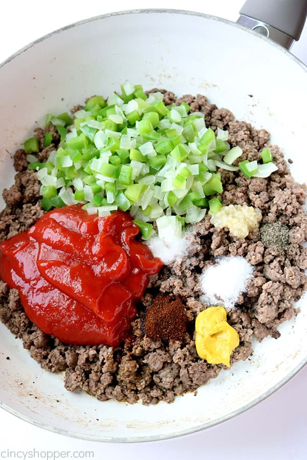 Sloppy joes ingredients in pan