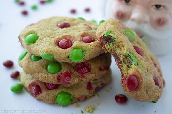 The Best Christmas M&M Cookies