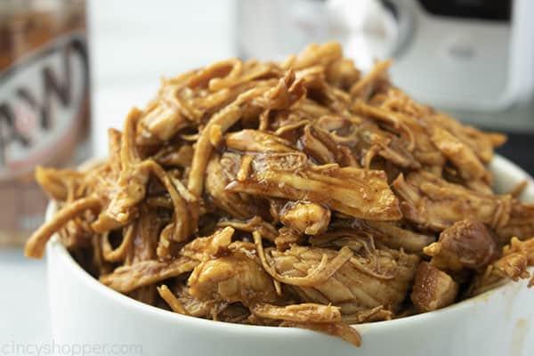 BBQ chicken shredded ina bowl