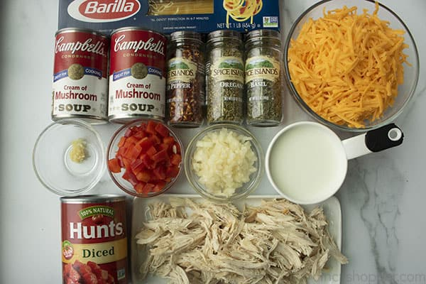 ingredients to make a chicken spaghetti recipe