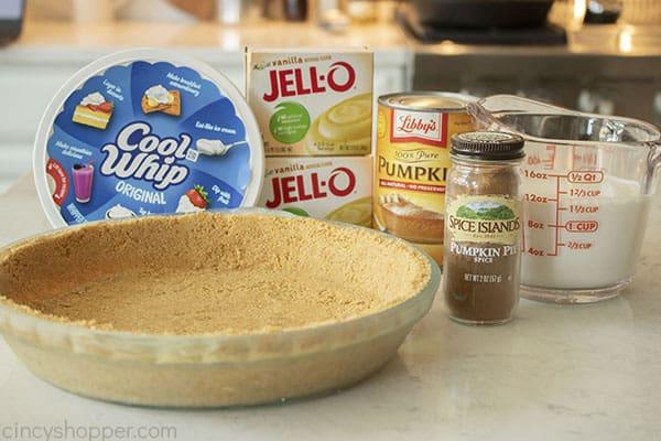 Ingredients for fluffy pumpkin pie