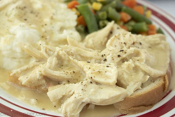 Finished Chicken and gravy on a plate.