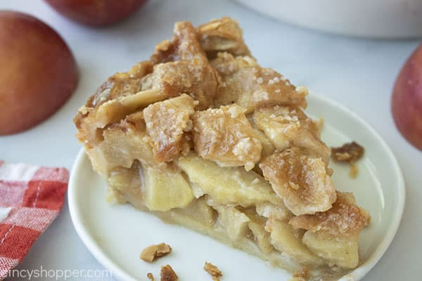 Traditional Apple Pie slice on a plate