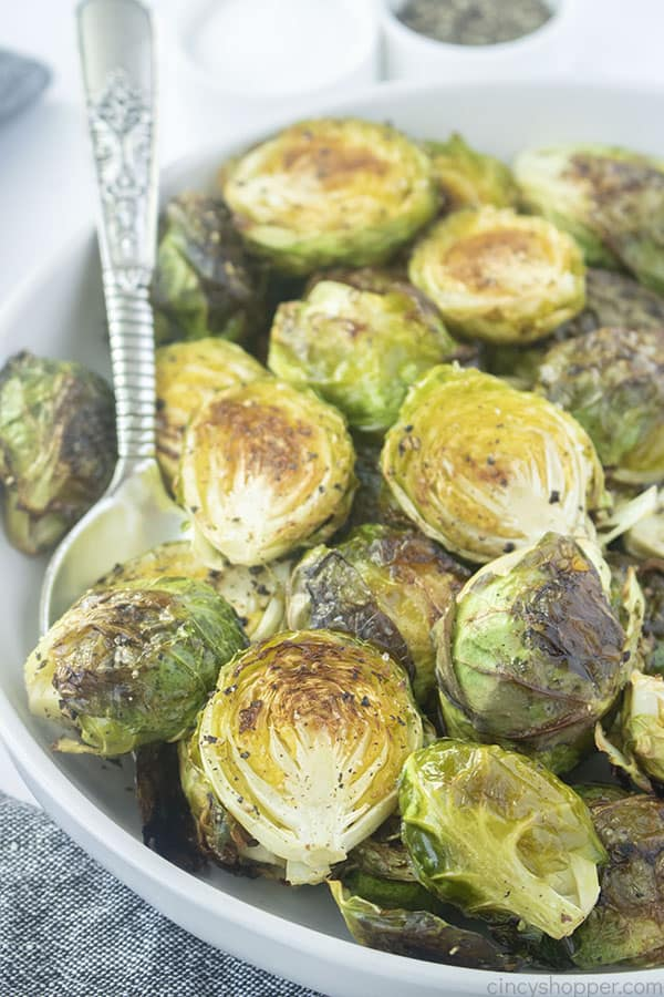 Crispy Oven Roasted Brussel Sprouts in a bowl