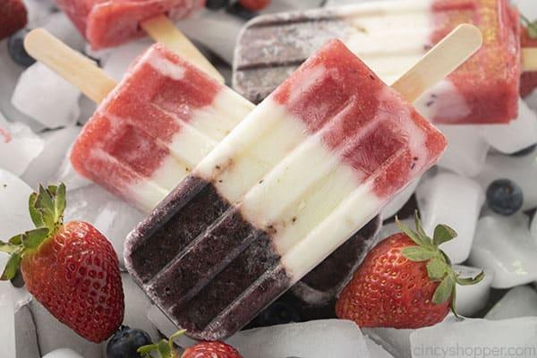 Berry and yogurt ops on ice