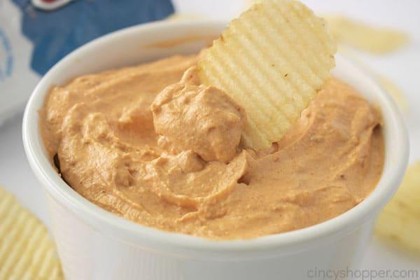 Potato Chip dipping
