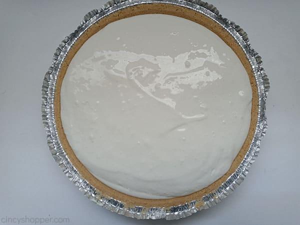 Lemon pie filling in crust