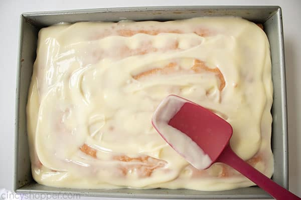 Cheesecake pudding added to strawberry cake